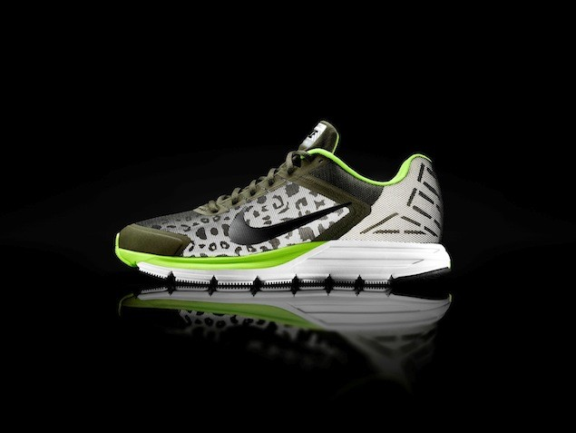 Nike Zoom Structure Triax 17 Shield NT$3900 (1)