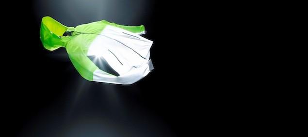 Wmns Nike Shield Flash Jacket NT$8980