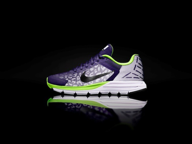 Wmns Nike Zoom Structure Triax 17 Shield NT$3900 (1)