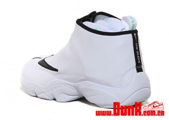 nike-air-zoom-flight-glove-sl-3