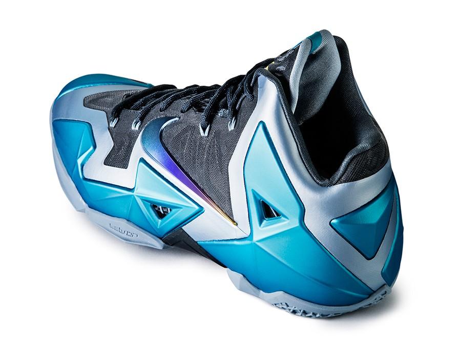 nike-lebron-11-gamma-blue-4