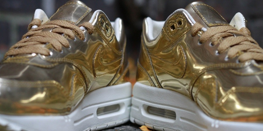 nike-wmns-air-max-1-liquid-gold-4