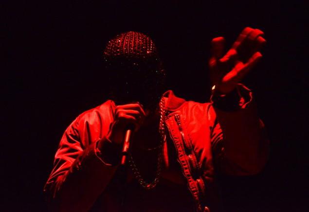 112113_Tommy_Ton_Kanye_West_Concert_slide_08_