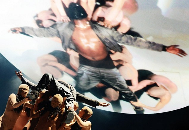 112113_Tommy_Ton_Kanye_West_Concert_slide_16_