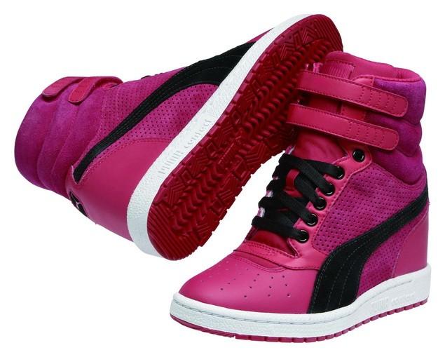 35542706-PUMA Sky Wedge Reptile運動風高筒楔型鞋  建議售價:NT$ 3,280_