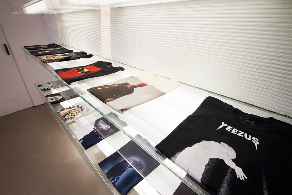 -Yeezus-Tour-Pop-Up-Shop-13