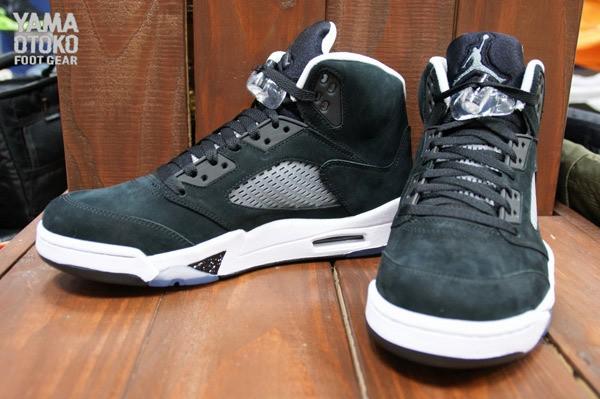 air-jordan-5-v-black-oreo-0