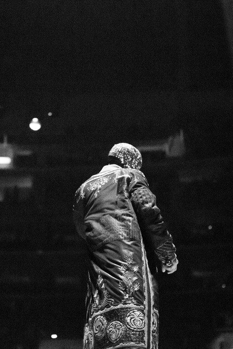 maison-martin-margiela-presents-the-collaboration-for-kanye-wests-yeezus-tour-custom-made-outfits-3