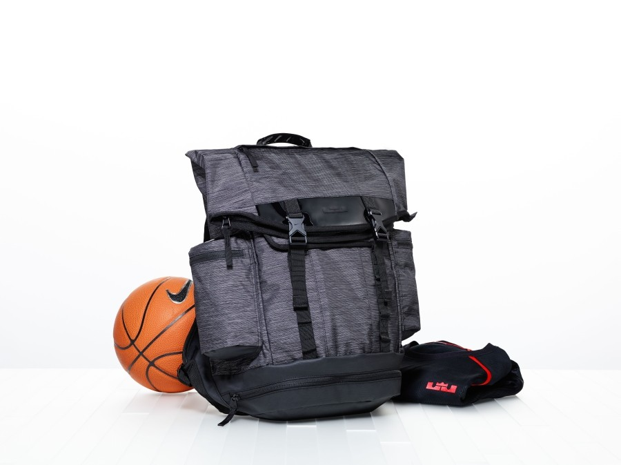 nike-basketball-inside-acces-6
