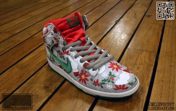 nike-sb-dunk-high-ugly-christmas-sweater-1