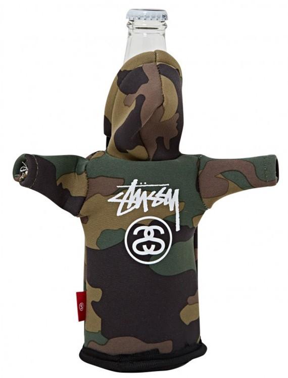 stussy-foam-bottle-coozie-hoodie-03
