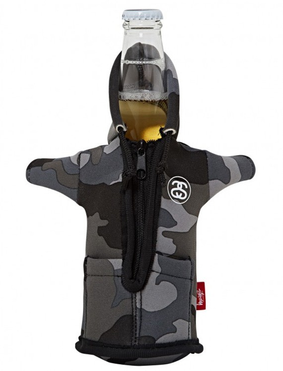 stussy-foam-bottle-coozie-hoodie-04