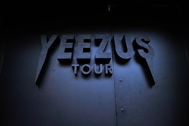 yeezus-tour-pop-up-shop-nyc-0