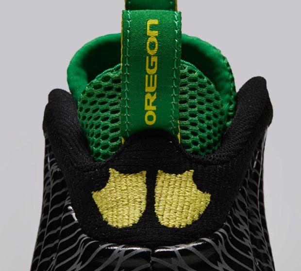 Nike-Air-Foamposite-One-Oregon-Ducks-4