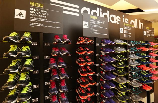 adidas RUNNING LAB TAIPEI 以室內擬真跑道為設計動線環繞整個場館 完整集結全方位的跑者服務體驗項目_010