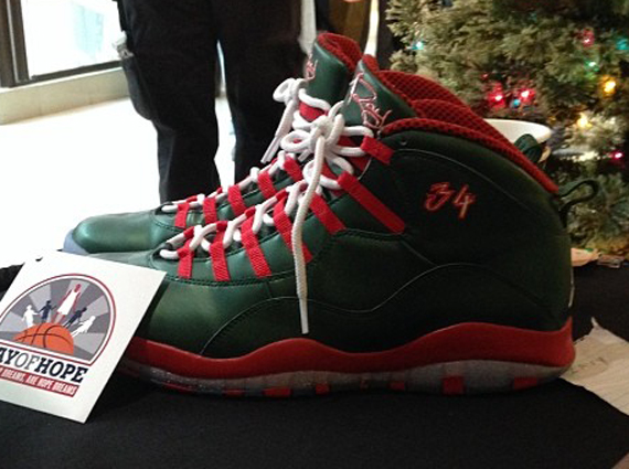 air-jordan-10-ray-allen-christmas-0
