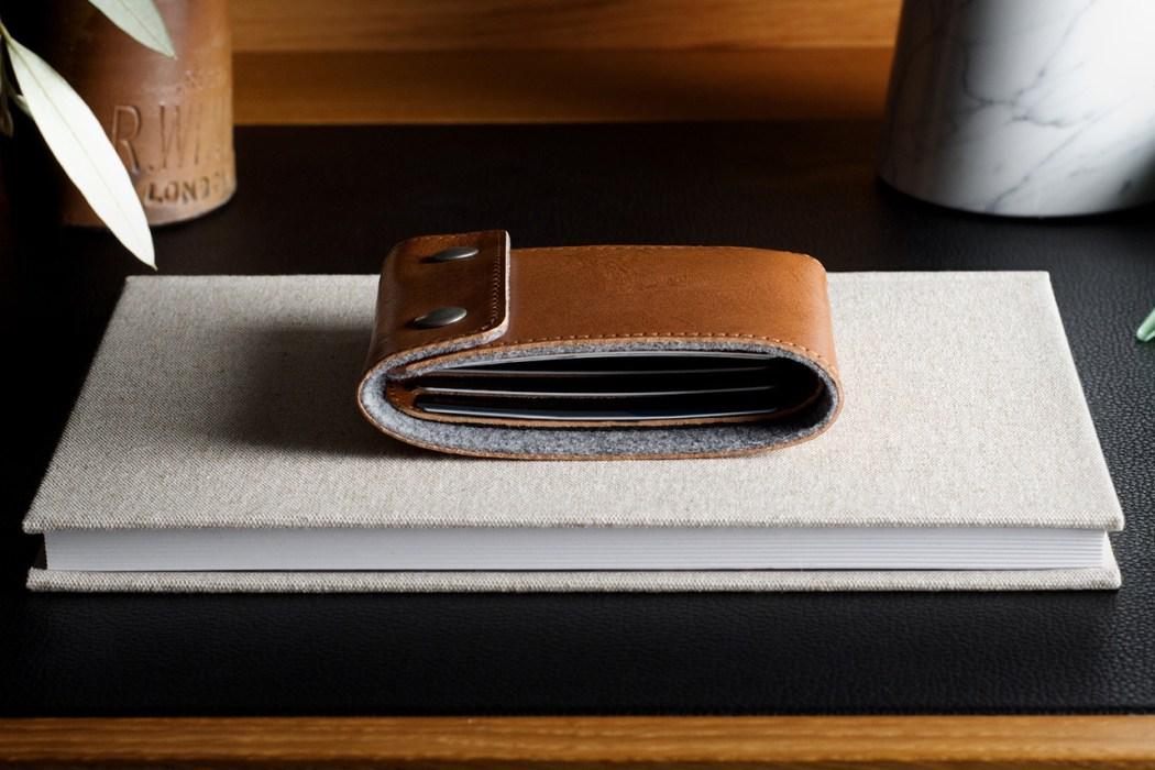 hard-graft-snap-wallet-2