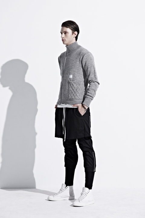 ionism-2013-fallwinter-astray-from-present-lookbook-8