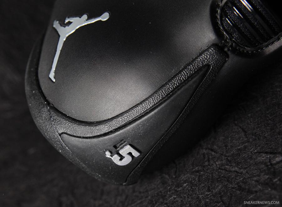 jordan-melo-1.5-black-cool-grey-8