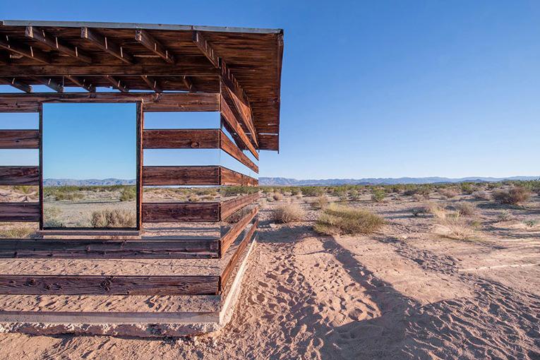 lucid-stead-transparent-cabin-3