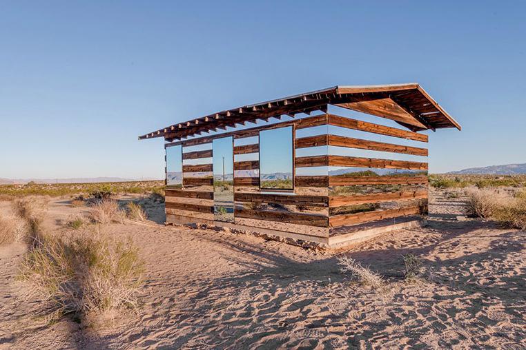 lucid-stead-transparent-cabin-4