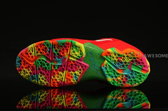 nike-lebron-11-gs-red-multi-color-5