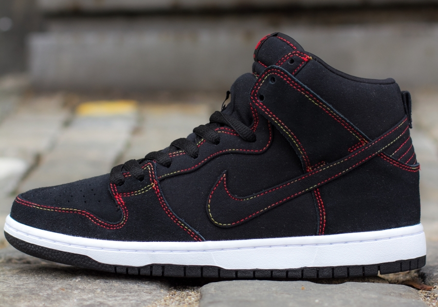nike-sb-dunk-high-gradient-contrast-stitching-2
