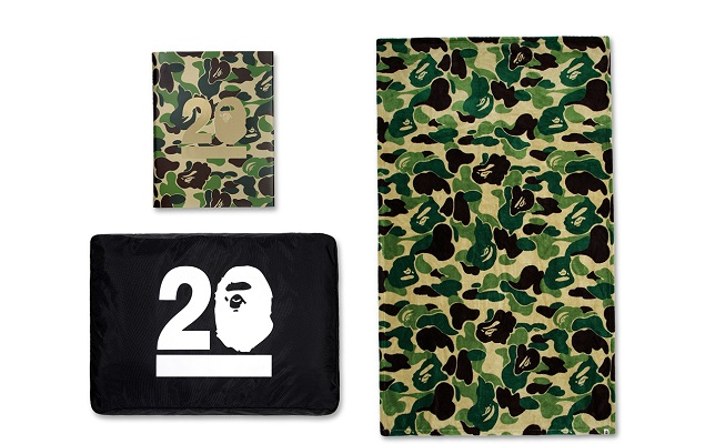 the-story-of-a-bathing-ape-20th-anniversary-limited-edition-book-1