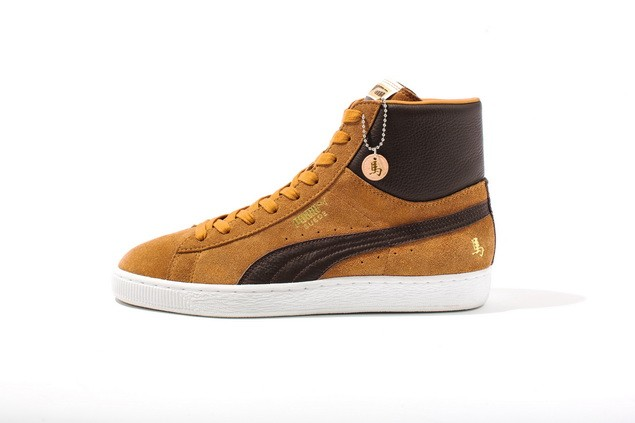 PUMA Suede Classic 馬年紀念鞋款_建議售價NT$ 2,581(咖啡)_