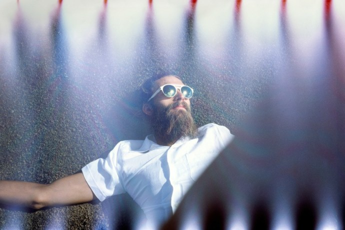 mykita-2014-springsummer-out-of-this-world-campaign-7