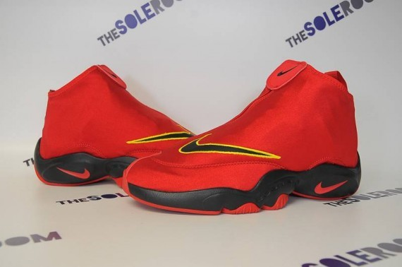nike-air-zoom-flight-glove-miami-heat-2