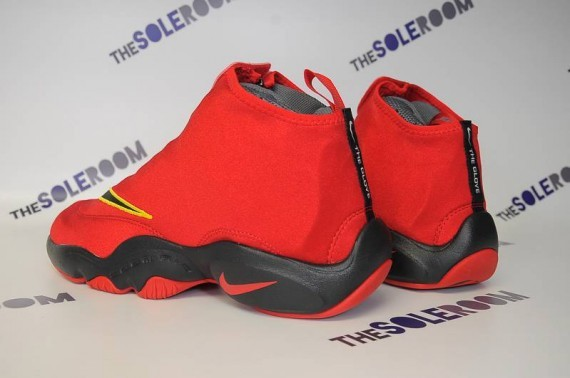 nike-air-zoom-flight-glove-miami-heat-4
