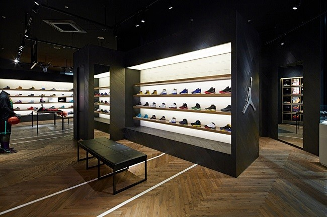 nike-basketball-store-in-japan-by-specialnormal-3