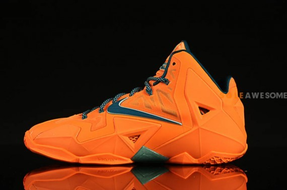 nike lebron-11-atomic-orange-1