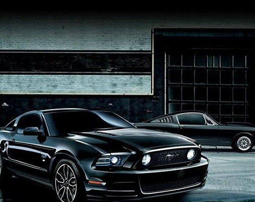 ford-mustang-v8-gt-coupe-the-black-special-edition-01