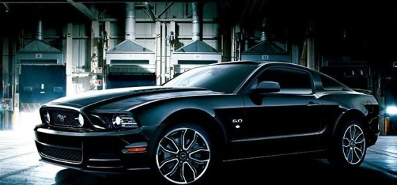 ford-mustang-v8-gt-coupe-the-black-special-edition-02-570x266