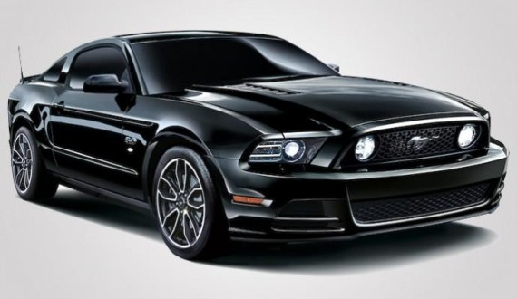 ford-mustang-v8-gt-coupe-the-black-special-edition-03-570x330