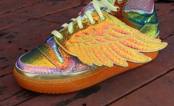 jeremy-scott-adidas-js-wings-gold-foil-5