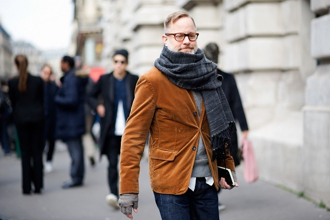 paris-fashion-week-fall-winter-2014-street-style-report-part-3-03-960x640