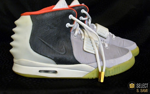 sn-select-nike-air-yeezy-2-sample-platinum-black-1