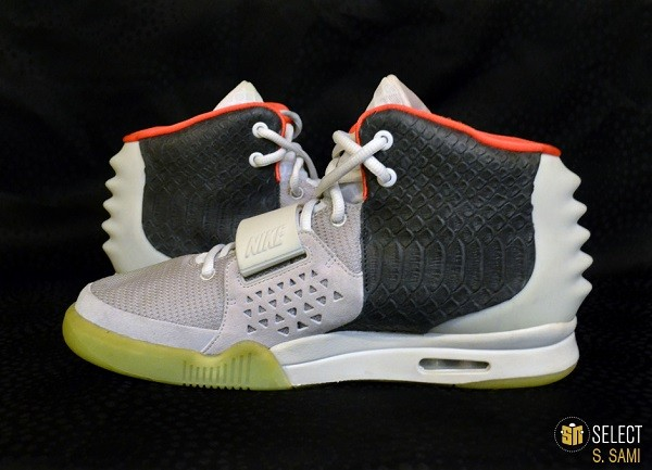 sn-select-nike-air-yeezy-2-sample-platinum-black-8