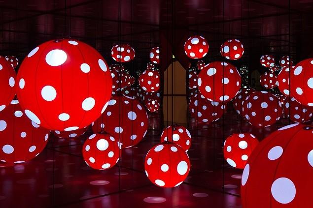 yayoi-kusamas-a-dream-i-dreamed-exhibition-moca-shanghai-11