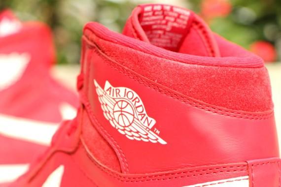 Air-Jordan-1-Retro-High-OG-Gym-Red-7