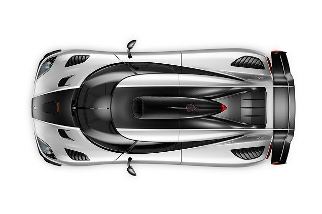 koenigsegg-reveals-one1-megacar-3