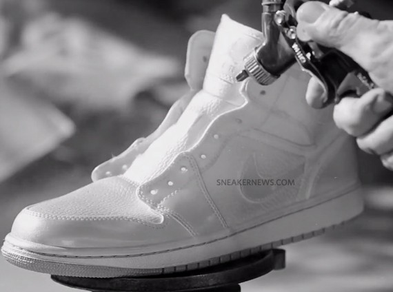 nike-sb-air-jordan-1-white-paint-2