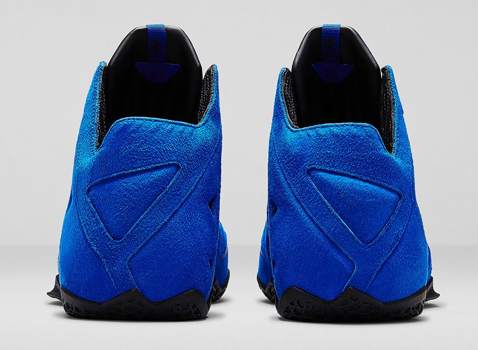 nike-lebron-11-ext-blue-suede-3