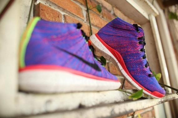 Nike-Free-Flyknit-Chukka-Purple-Neon-1