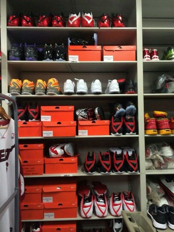 lebron-james-sneaker-locker-american-airlines-1