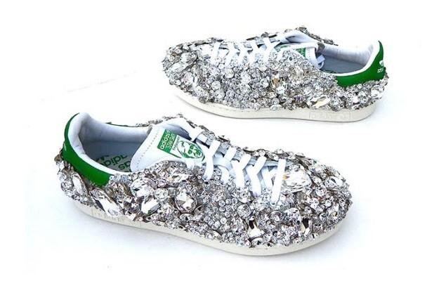 swarovski-x-adidas-originals-stan-smith-1600-crystals-customs-for-pharrell-williams-1