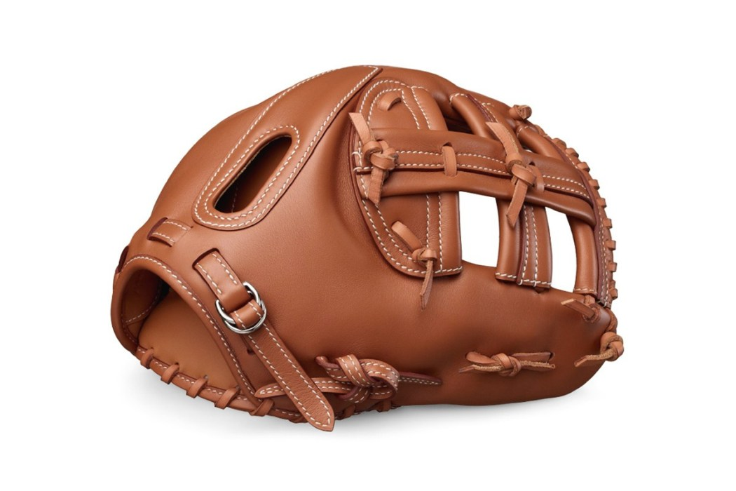 play-the-field-with-a-14000-usd-hermes-baseball-glove-1